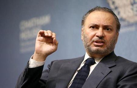 انتقاد انور قرقاش از دیدار حسن نصرالله با هیأت انصارالله یمن