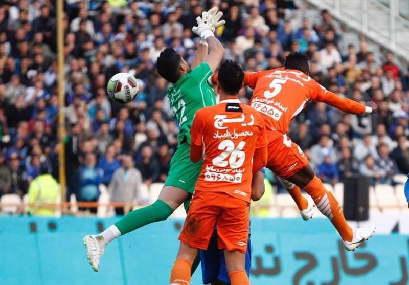 جام حذفی فوتبال، تساوی پرگل استقلال و سایپا در نیمه اول