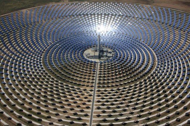 فراوری کم هزینه انرژی تجدیدپذیر با یاری باتری های سیال