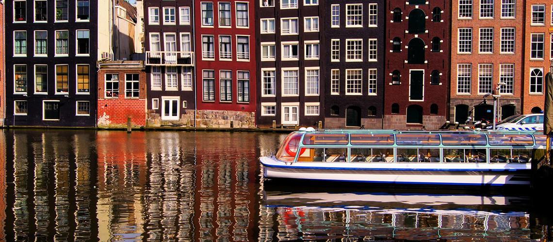 مشکل ازدیاد گردشگران آمستردام