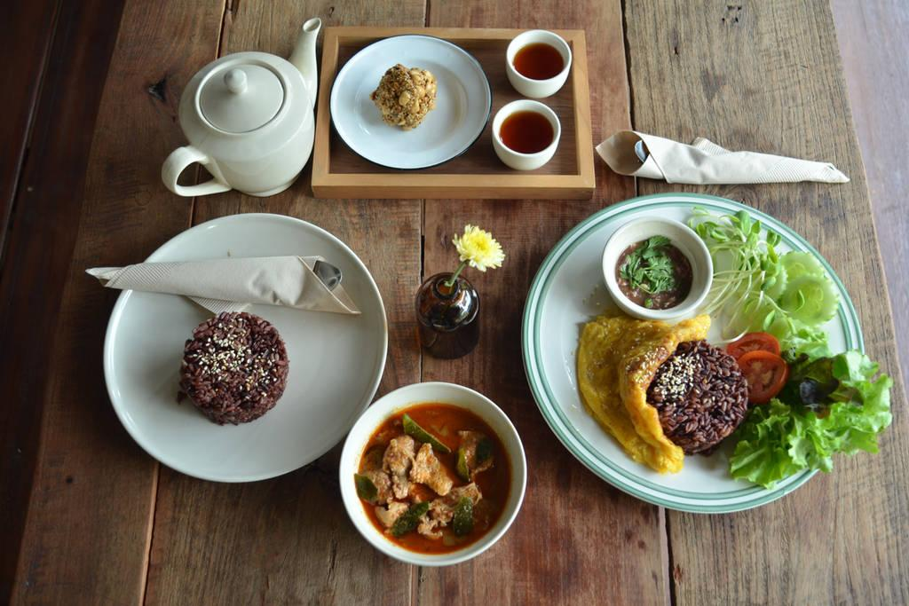 رستوران های معروف شهر در تور چیانگ مای