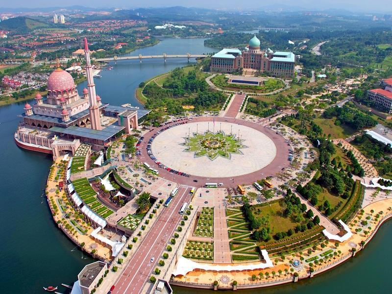 آشنایی با پوتراجایا در تور مالزی