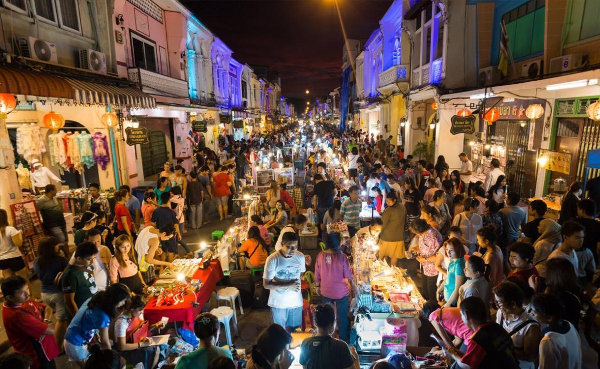 آشنایی با بازار واکینگ استریت پوکت (Phuket Walking Street)
