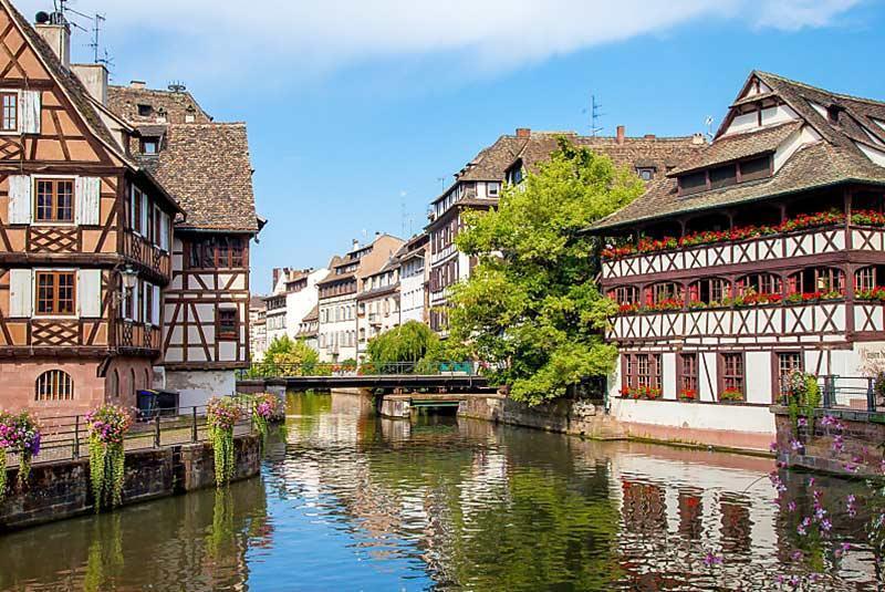 برنامه سفر یک روزه به استراسبورگ فرانسه