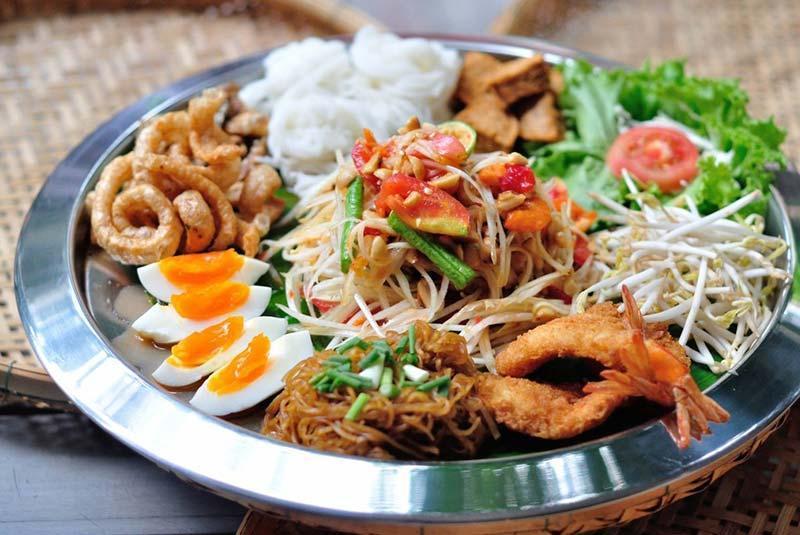 آشنایی با رستوران های بانکوک در تور تایلند
