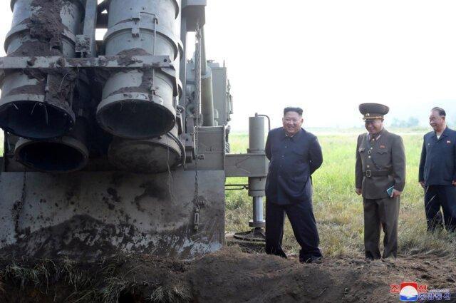 کره شمالی از آزمایش یک پرتابگر موشک چندگانه بسیار بزرگ اطلاع داد