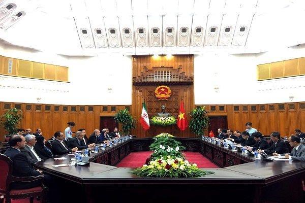 لاریجانی با نخست وزیر ویتنام دیدار کرد