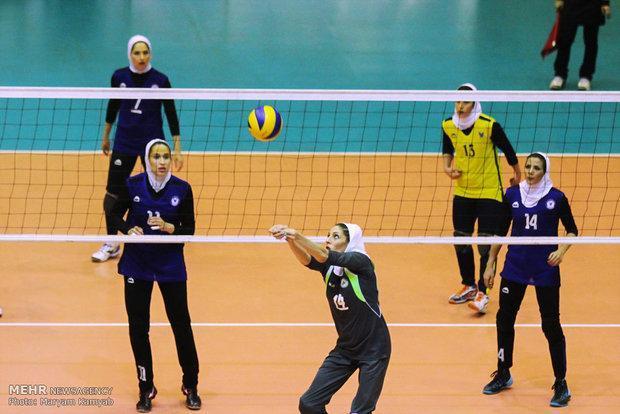 نماینده ایران مقابل چین تن به شکست داد