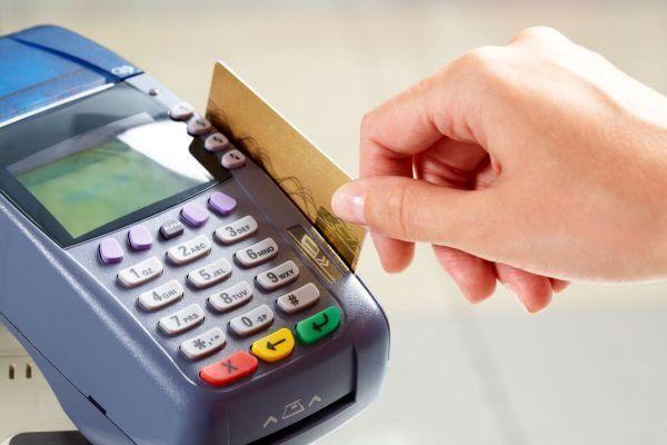 تمهیدات بانک مرکزی برای کاهش مراجعه حضوری مردم به شعب؛ افزایش سقف انتقال کارت به کارت