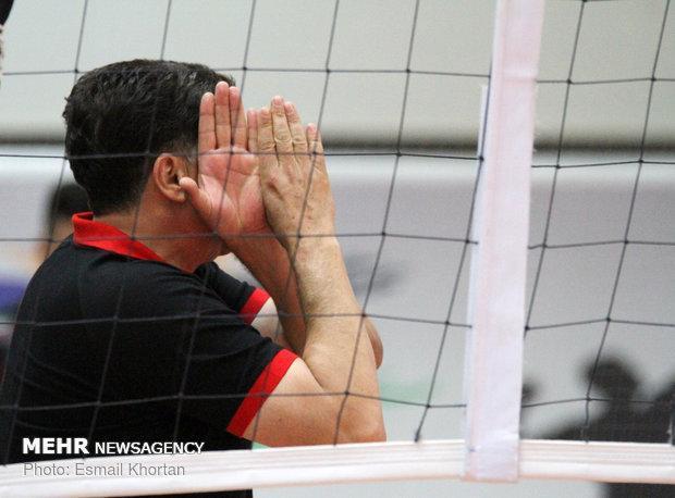 فرهنگ اطاعت ازمربی ایرانی کمرنگ است، ست کوویچ بازیکنان راکتک می زد