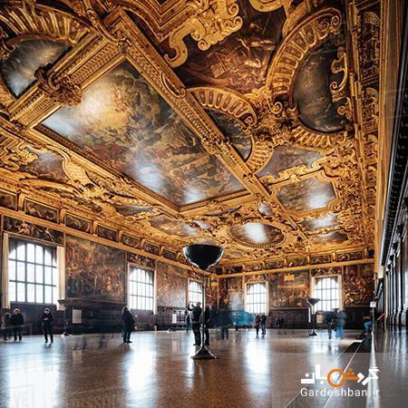 کاخ داگز یا پلازو دوکاله نگینی در شهر ونیز