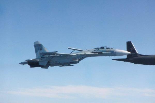 جنگنده روسیه هواپیمای آلمانی را رهگیری کرد
