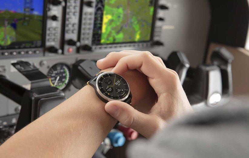 گارمین از نخستین ساعت هوشمند لمسی خلبانی خود رونمایی کرد