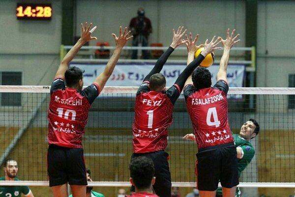 تیم والیبال شهرداری ارومیه آذر باتری را شکست داد