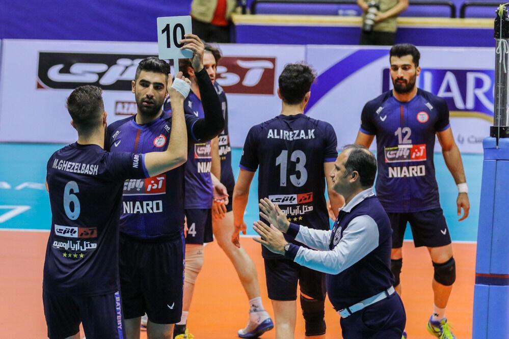 خبرنگاران والیبالیست های آذرباتری ارومیه آماده کسب اولین برد در لیگ هستند