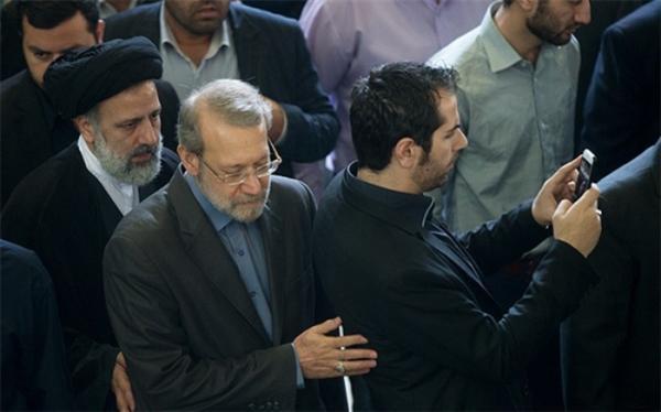 عضو جامعه روحانیت مبارز: از رئیسی در انتخابات 1400 حمایت می کنیم از لاریجانی نه