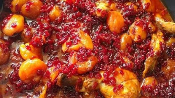 طرز تهیه خورش زرشک آلو اصیل مازندرانی؛ خوشمزه و لذیذ