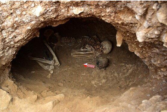 کشفی تازه در گورستان تاریخی