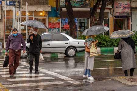 رگبار و رعد و برق در استان تهران ، احتمال افزایش ناگهانی سطح آب رودخانه ها
